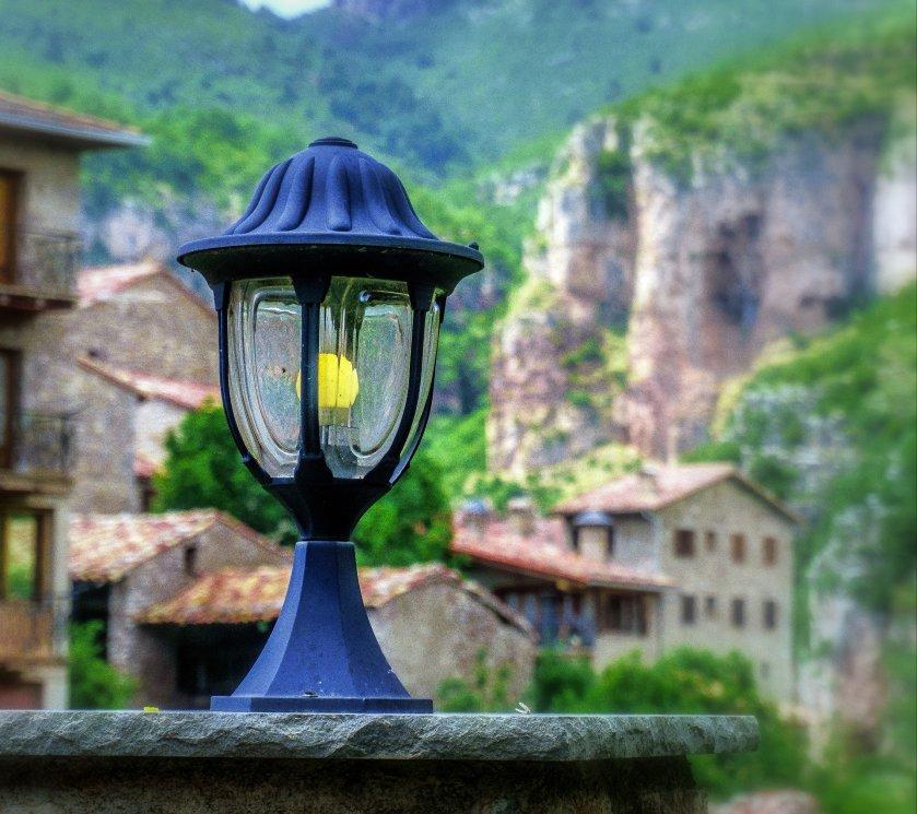 lantern-3593273_1920