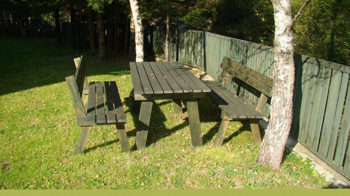 garden-furniture-277418_1920