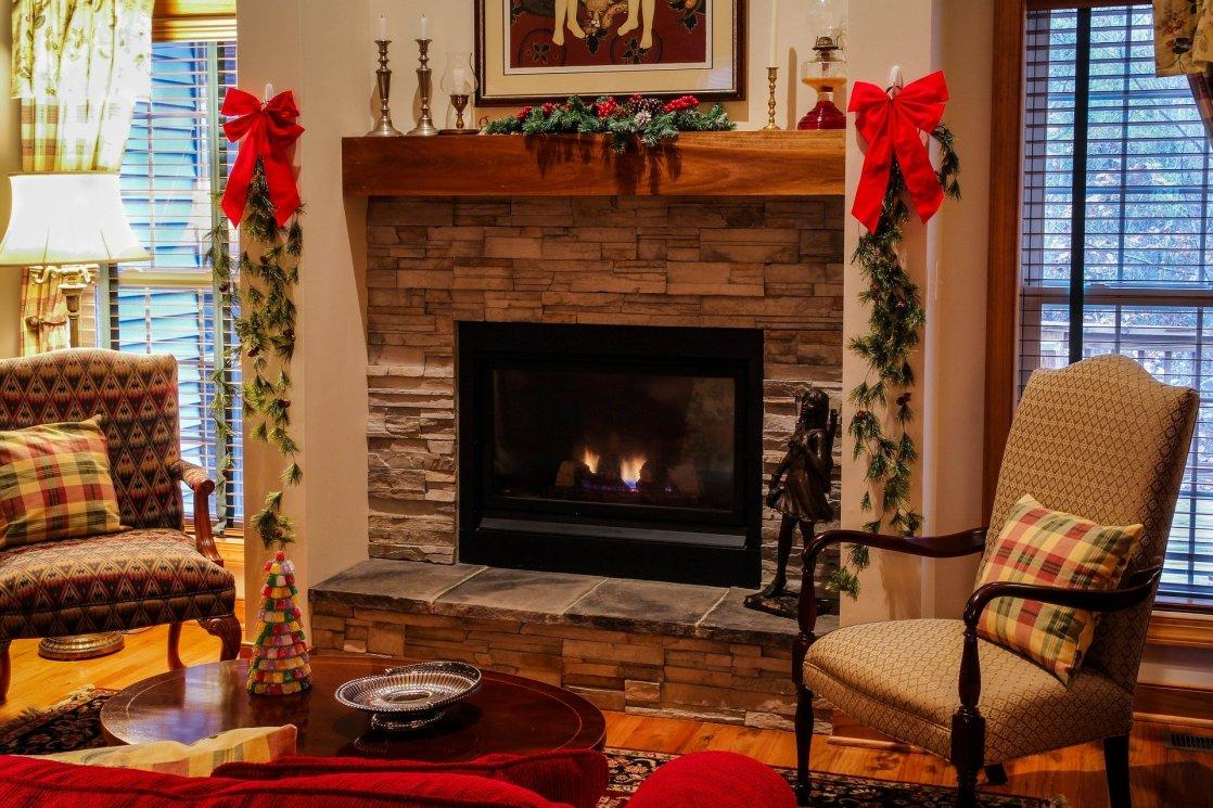fireplace-558985_1920