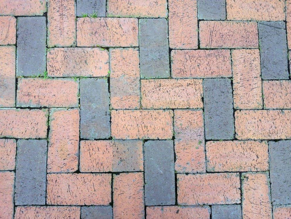 brick-164679_1280
