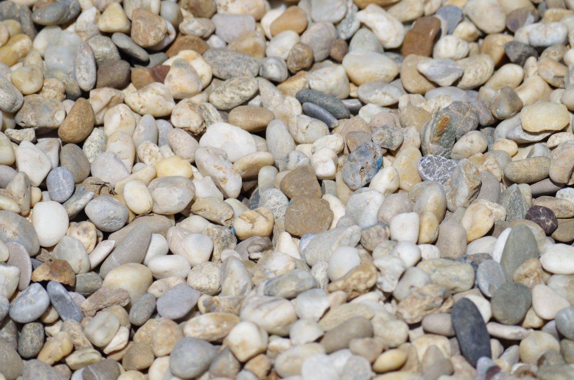 gravel-1475018_1920
